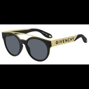 Givenchy GV 7017/N/S Sunglasses w/ box